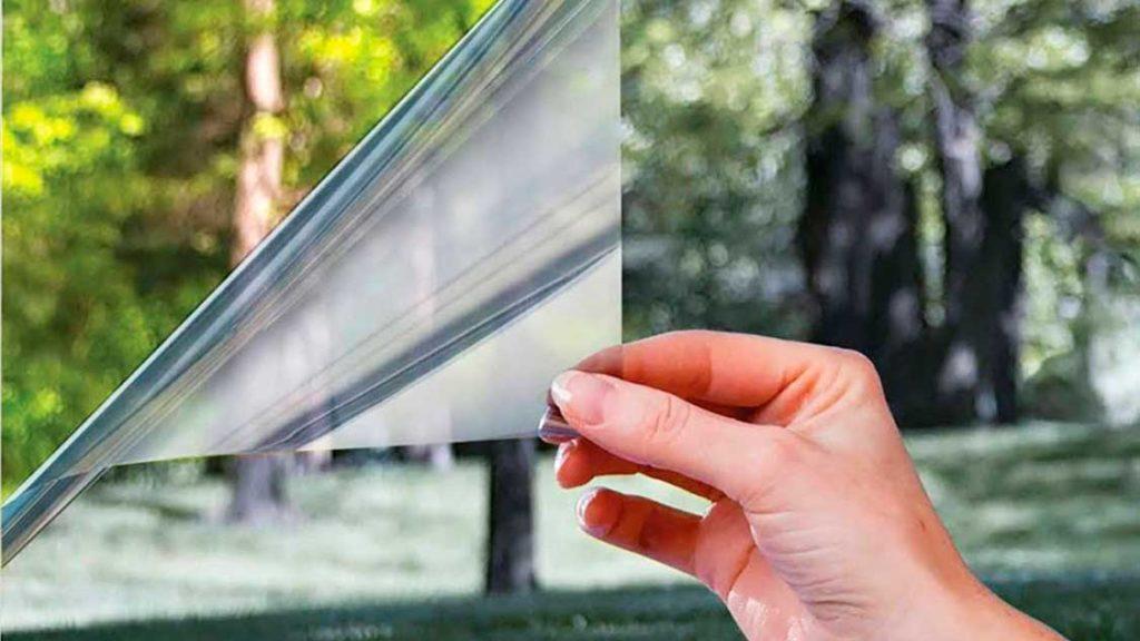 Бронирующая пленка для стекла